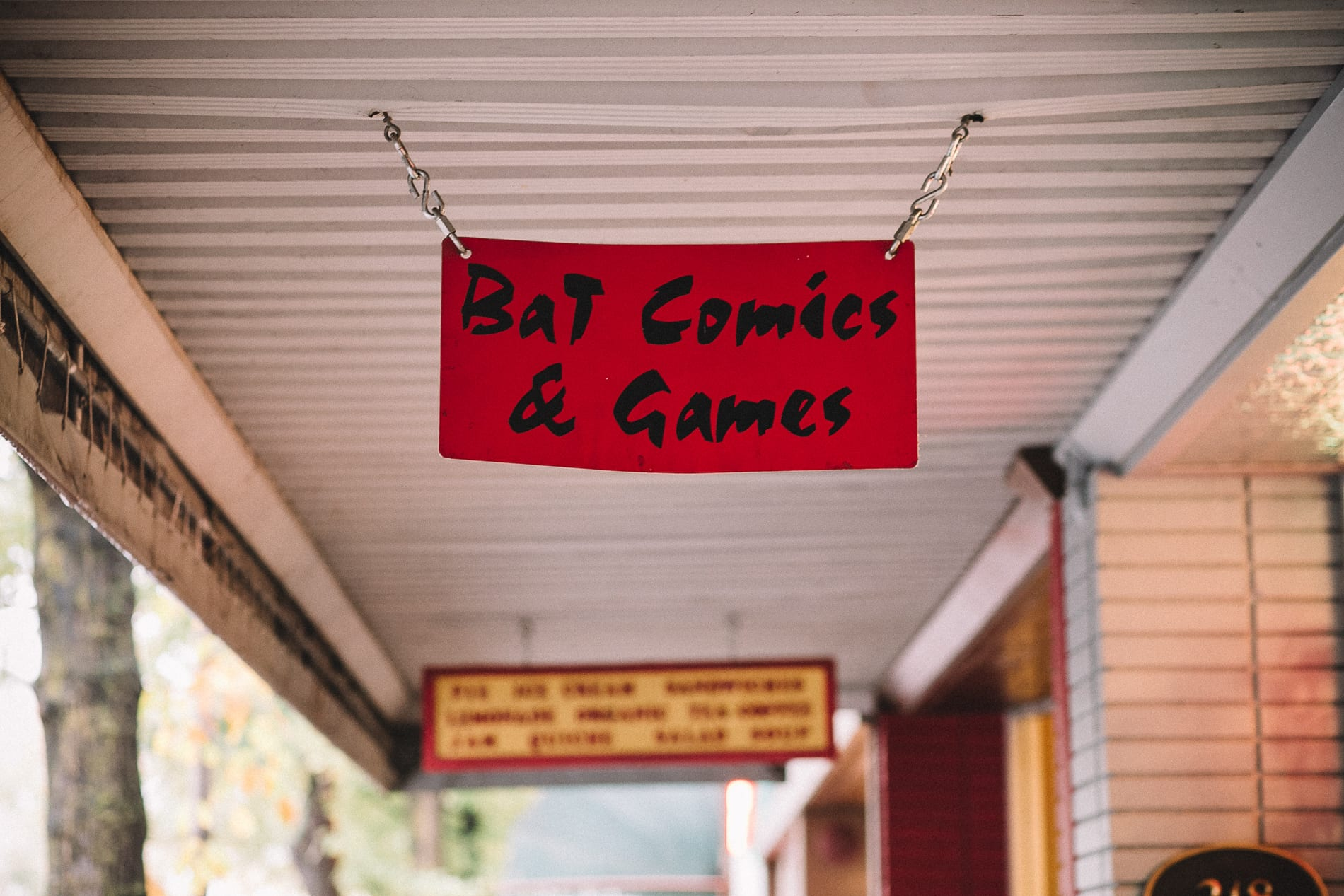 chico-state-bat-comics-engagement-photo-13