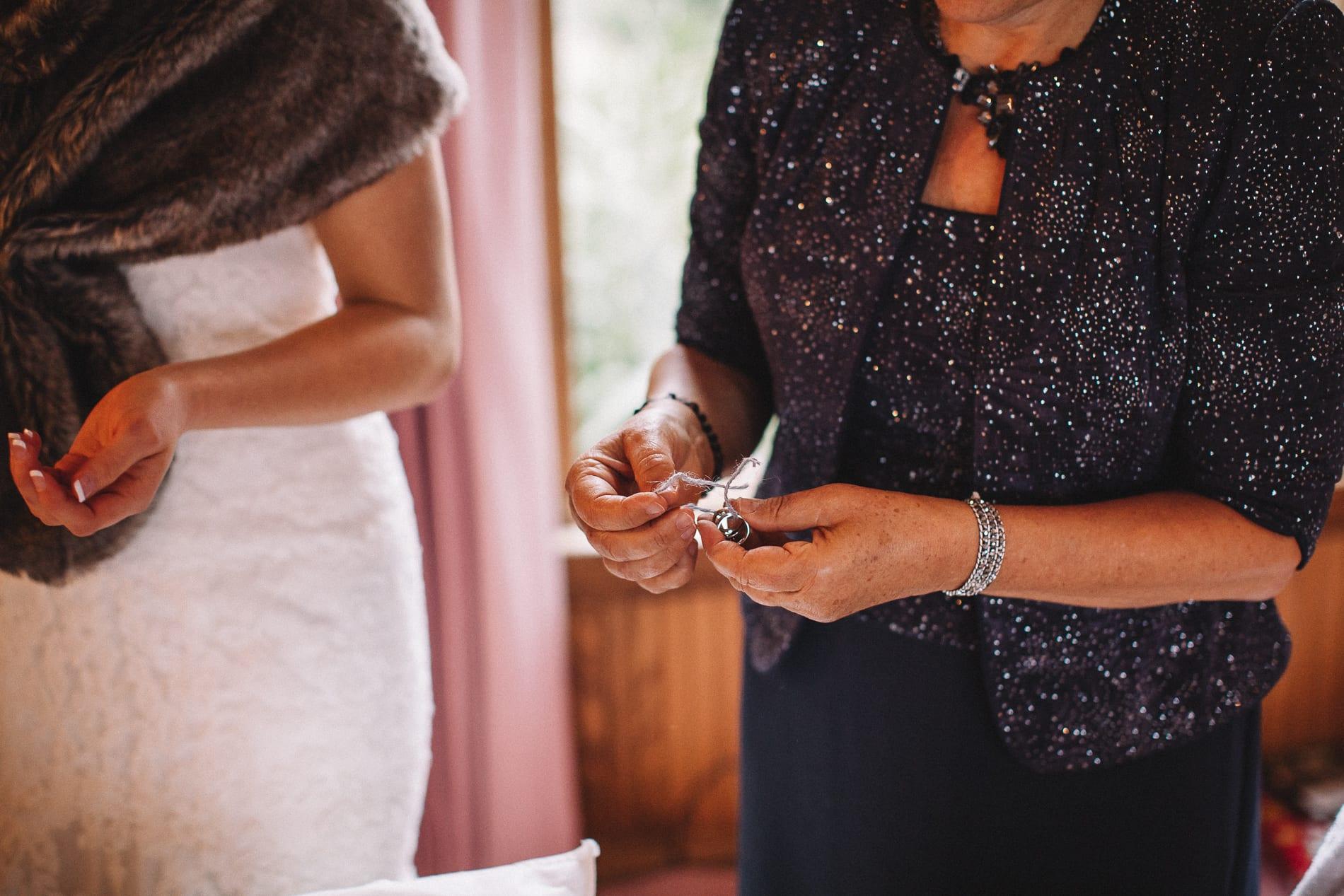 morrow-ranch-round-mountain-wedding-photo-20