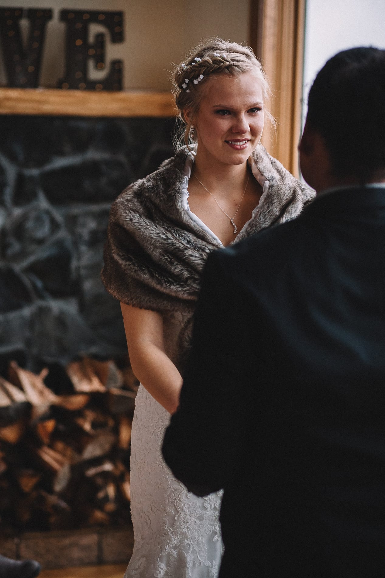 morrow-ranch-round-mountain-wedding-photo-48