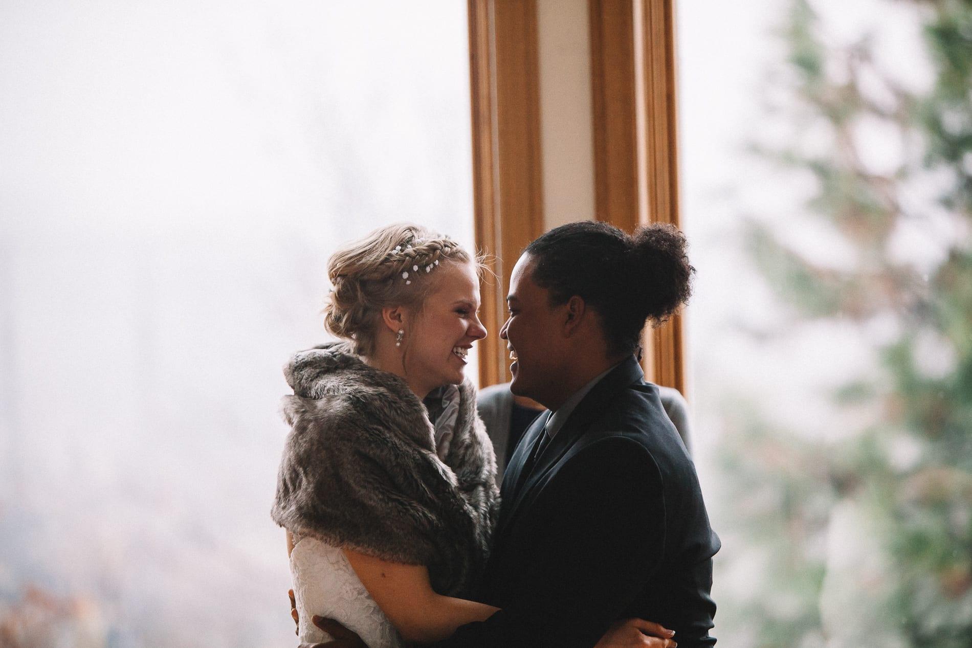 morrow-ranch-round-mountain-wedding-photo-59