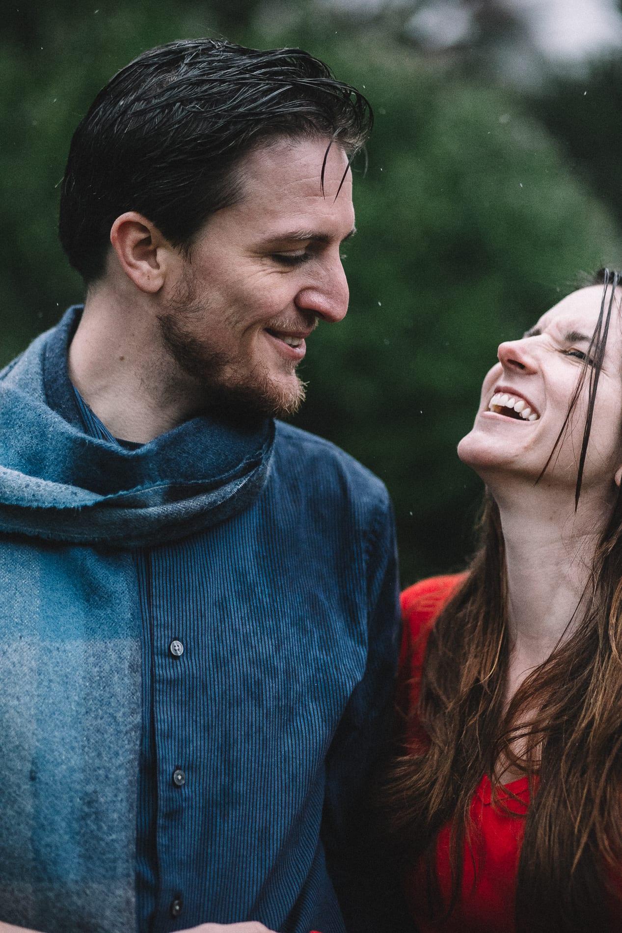 redding-caldwell-lake-park-gazebo-couples-photo-11