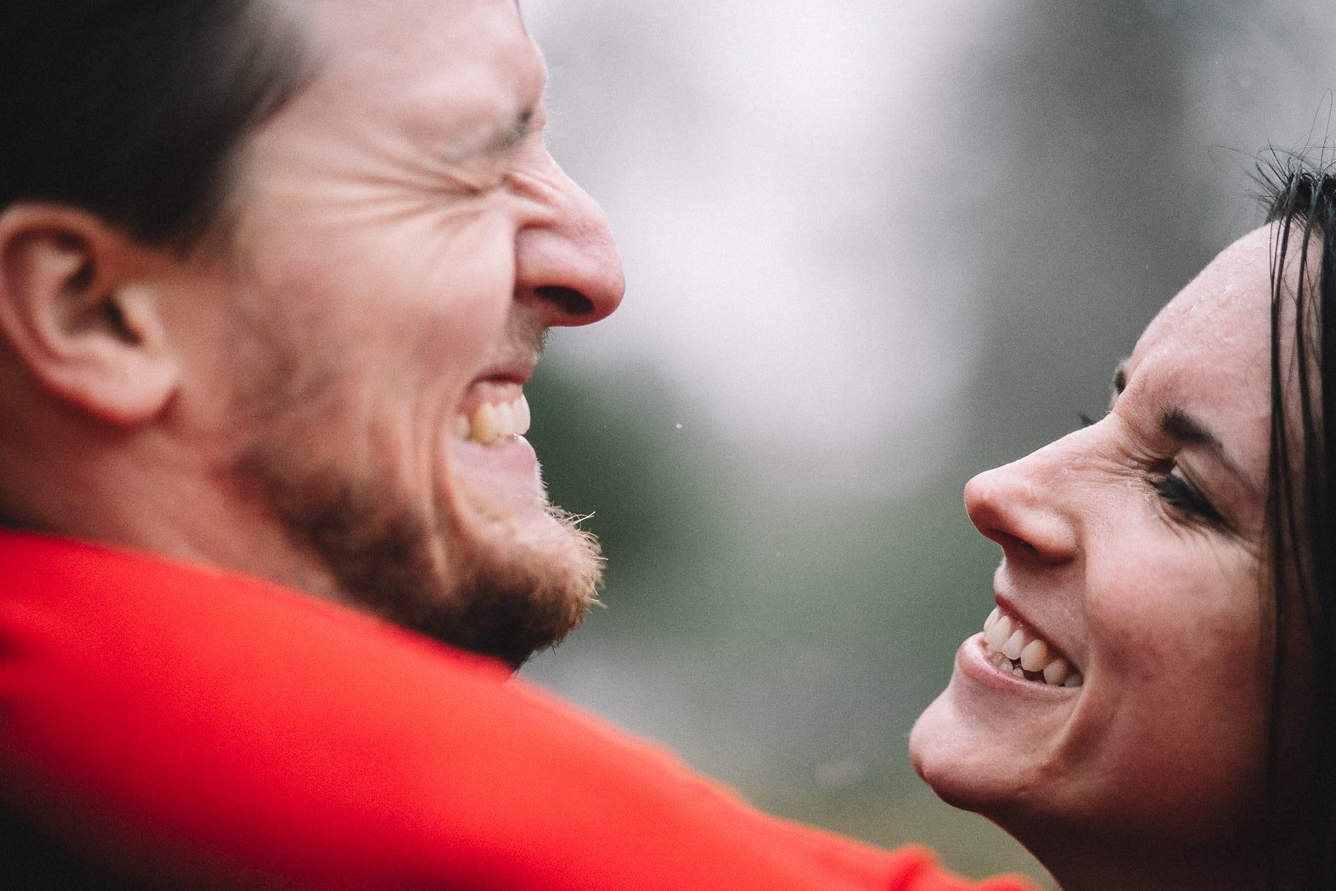 redding-caldwell-lake-park-gazebo-couples-photo-13