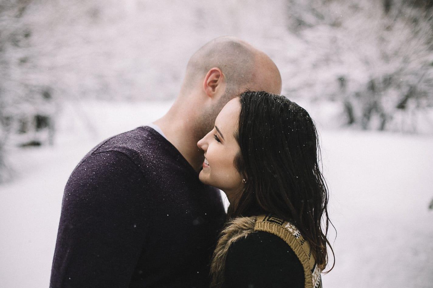 mount-lassen-winter-engagement-photo-9
