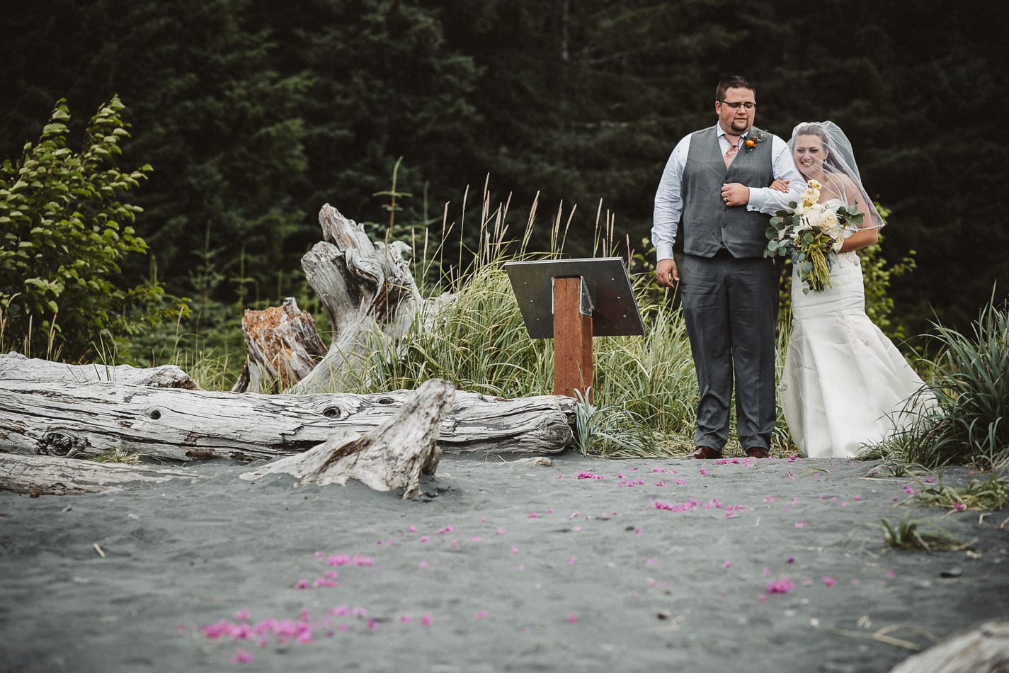 seward-alaska-beach-wedding-photographer-43