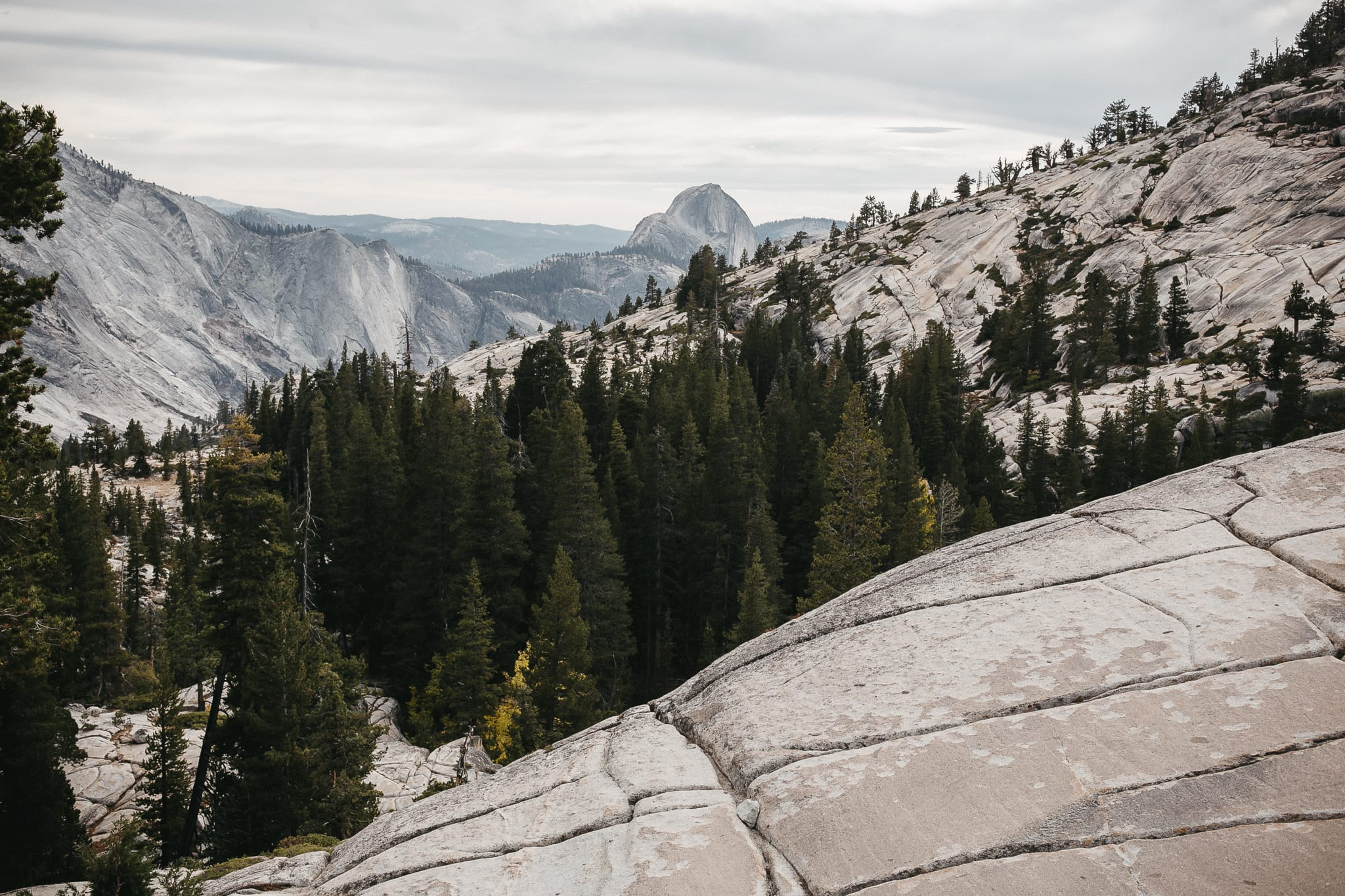 clouds-rest-yosemite-california-engagement-lifestyle-adventure-photographer-1