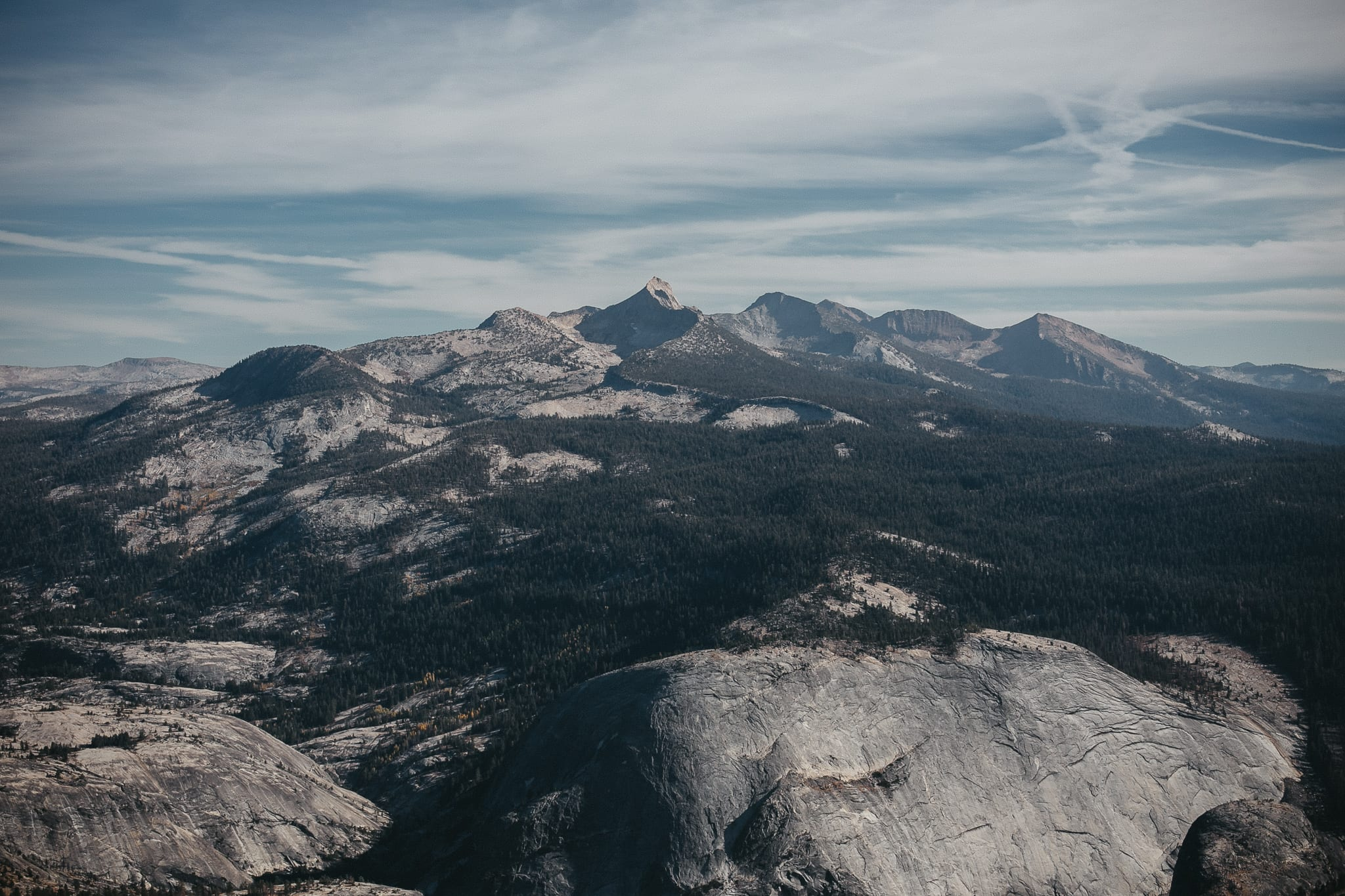 clouds-rest-yosemite-california-engagement-lifestyle-adventure-photographer-11
