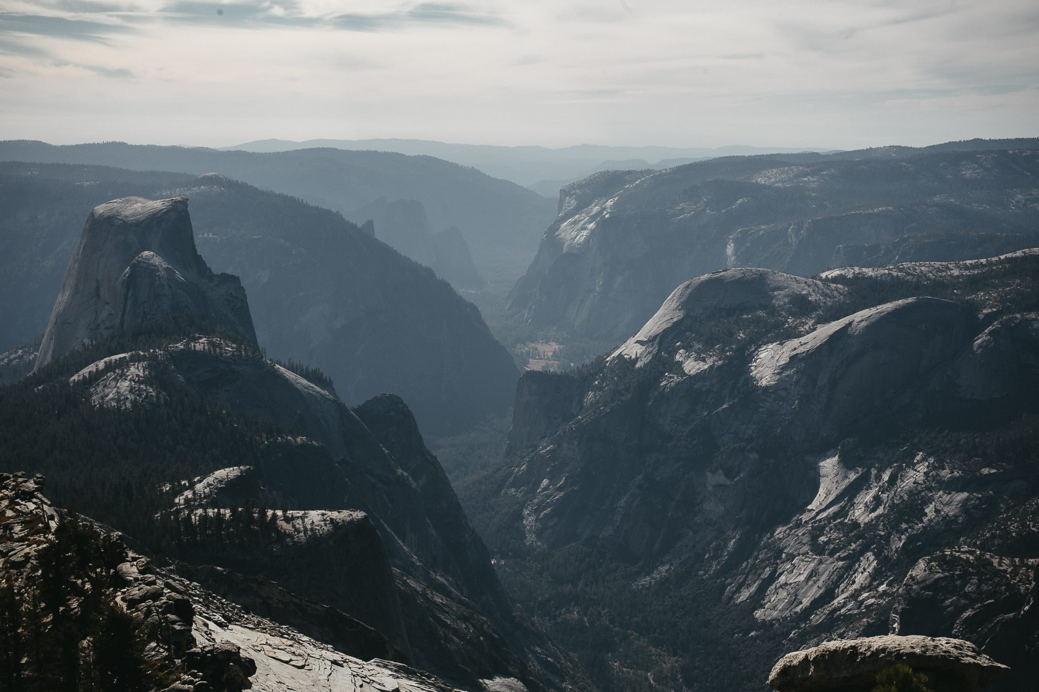 clouds-rest-yosemite-california-engagement-lifestyle-adventure-photographer-12