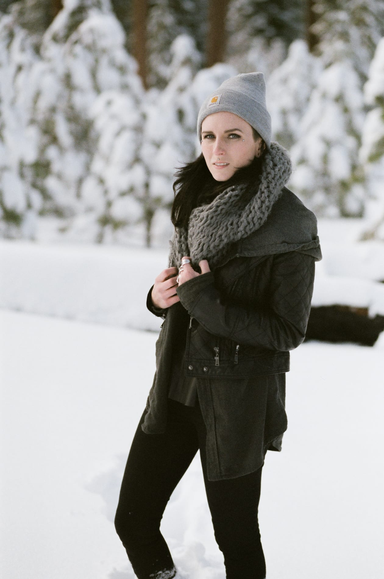 mt-lassen-winter-snow-couples-photo-12