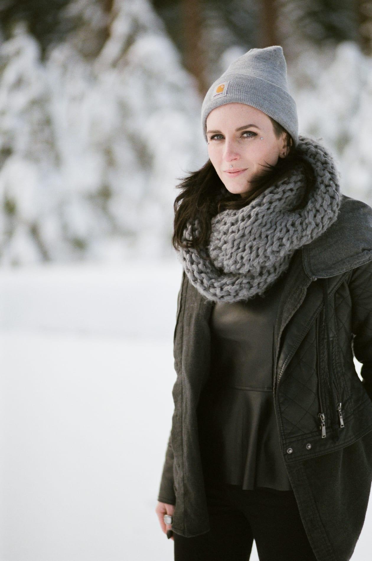 mt-lassen-winter-snow-couples-photo-14