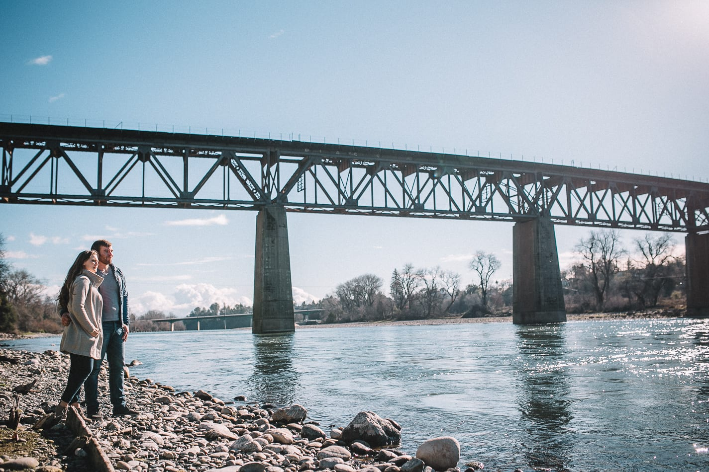 caldwell-park-diesel-horse-bridge-engagement-photo-6