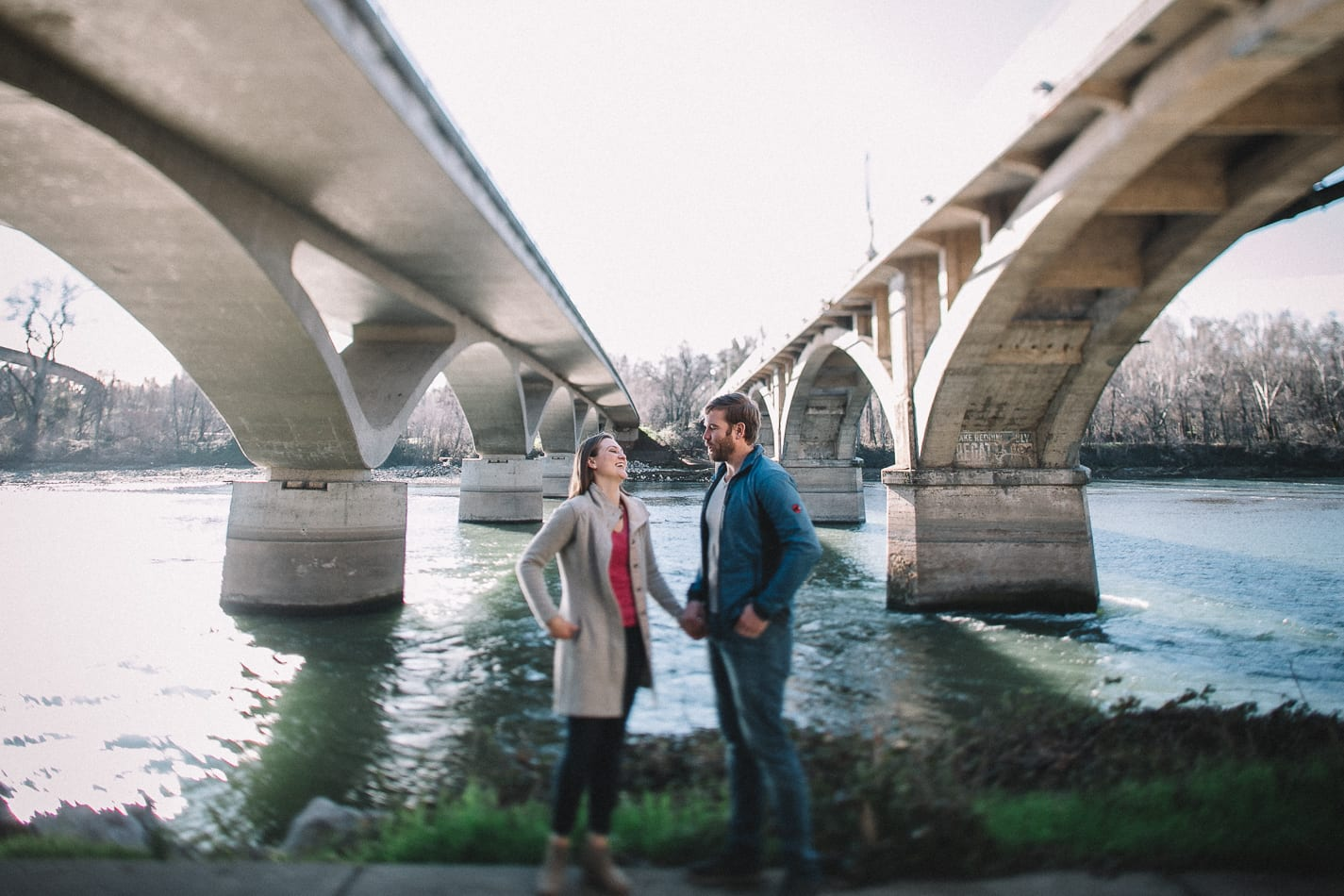caldwell-park-diesel-horse-bridge-engagement-photo-7
