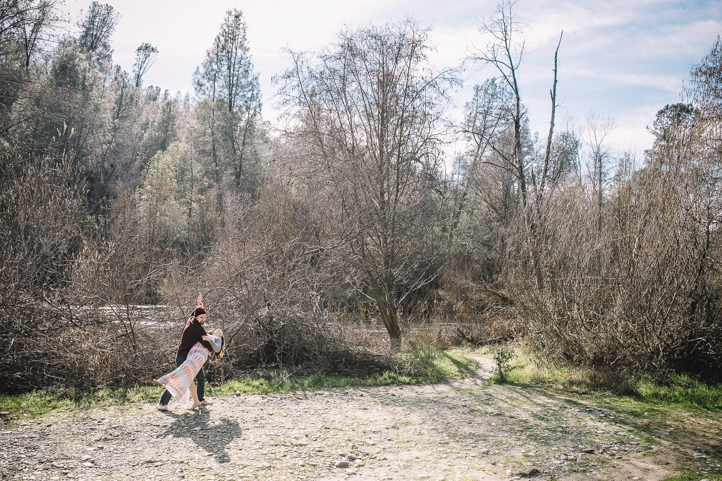 redding-clear-creek-canyon-engagement-photo-2