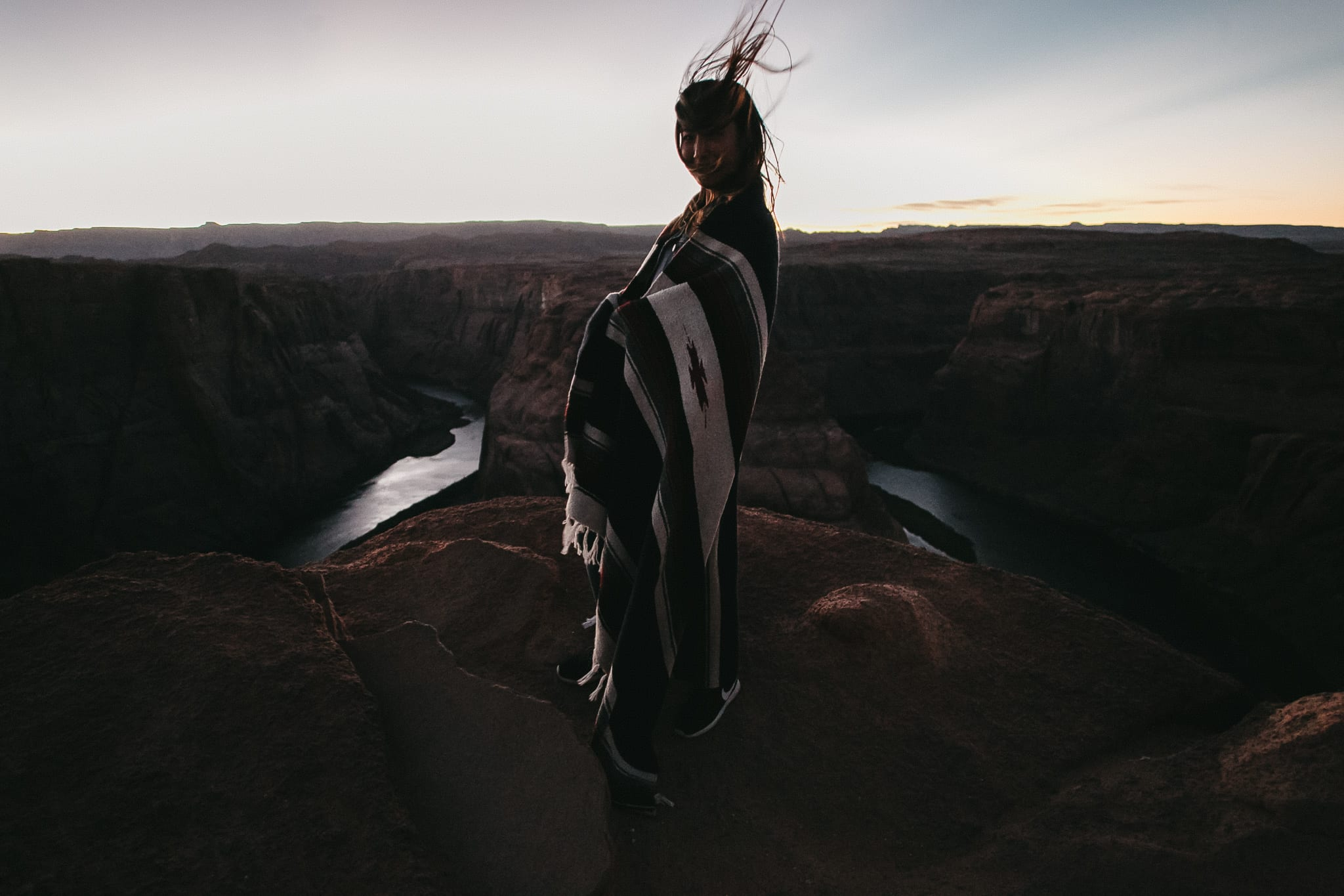 jc2-horseshoe-bend-antelope-cannyon-arizona-lifestyle-portrait-photographer-3